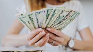 Como Juntar Dinheiro – Guia Para Iniciantes