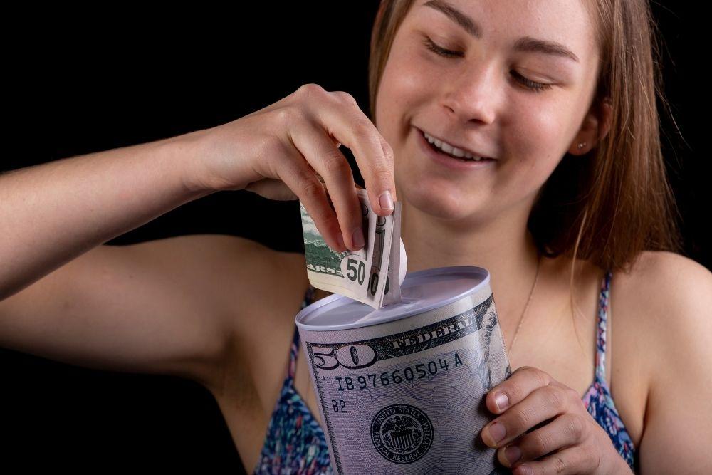 Como juntar dinheiro na adolescência