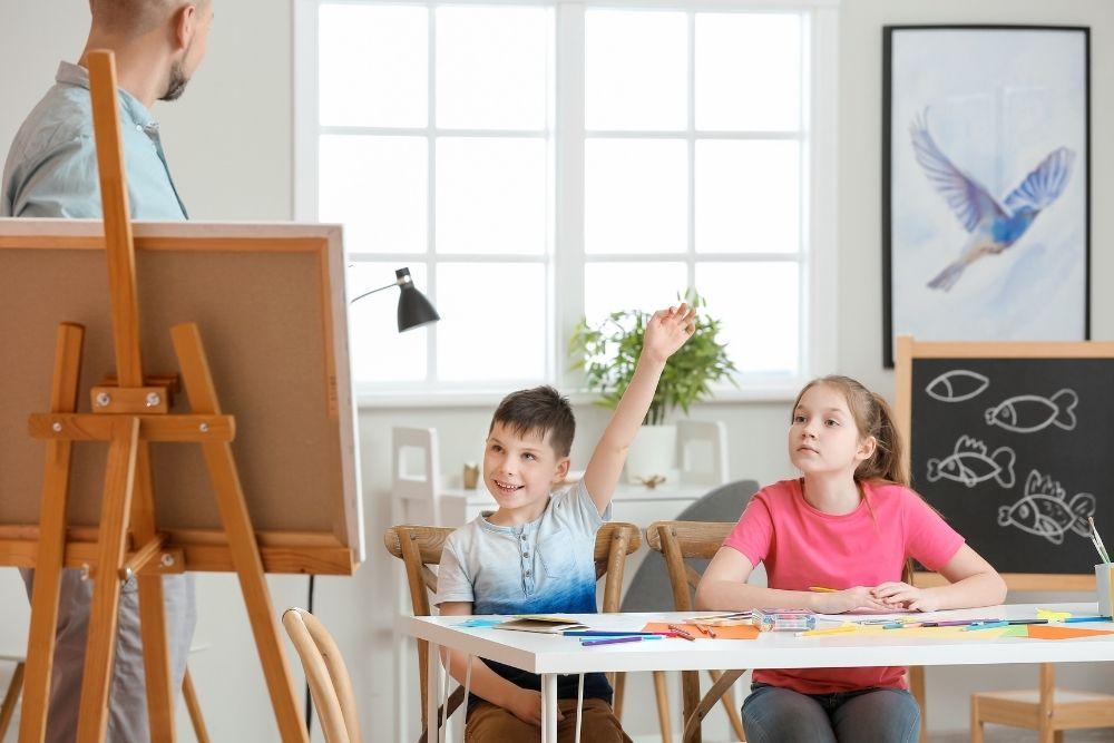 Dê aulas particulares para ganhar dinheiro em casa
