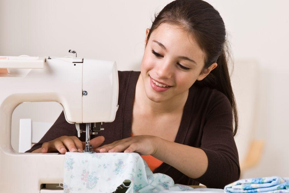 Ganhar Dinheiro Em Casa Com Serviços de Costura