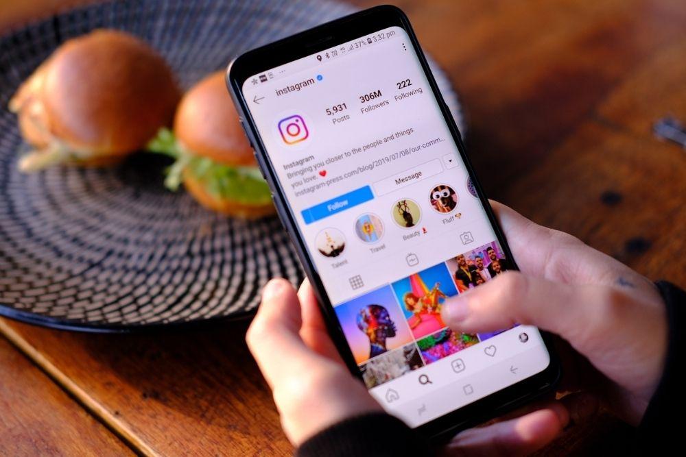 Como ganhar dinheiro com posts no Instagram