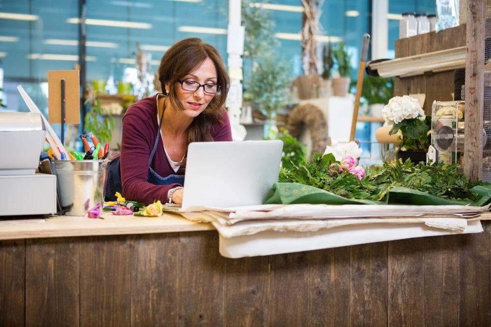 Existem franquias de floricultura online?
