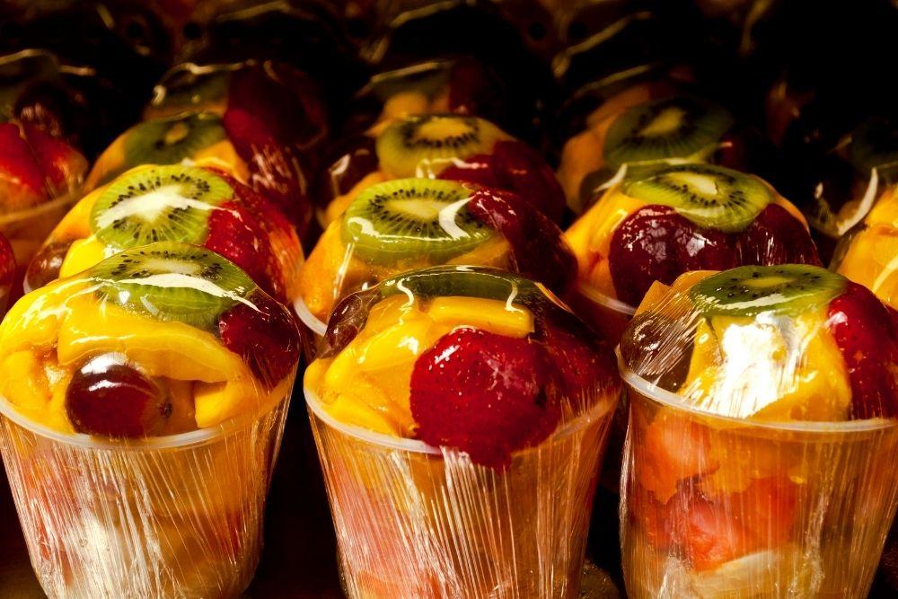 Vender salada de frutas no pote é uma boa opção para ganhar dinheiro